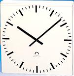 Часы MODERNA