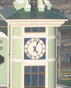 Фасадные часы. Железнодорожный вокзал (г. Новосибирск)